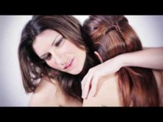 ▶ Laura Pausini - Mi tengo (videoclip) - YouTube