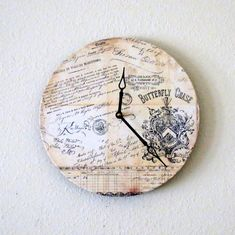 Shabby Chic Wall Clock, Home Decor, Butterfly Chase, Unique Wall Clock, Decor and Housewares, Home and Living. Часы