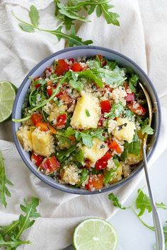 A simple and delicious Quinoa Arugula Salad with fresh pineapple and a mint lime dressing. The perfect vegetarian and gluten free side dish. Easy Vegetable Side Dishes, Healthy Vegetable Recipes, Healthy Dishes, Healthy Salad Recipes, Veggie Meals, Vegetarian Meals, Diet Recipes, Healthy Food, Arugula Recipes