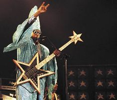 Bootsy    Seen twice - Montreal at Metropolis 1995? and Ottawa at Bluesfest 2011
