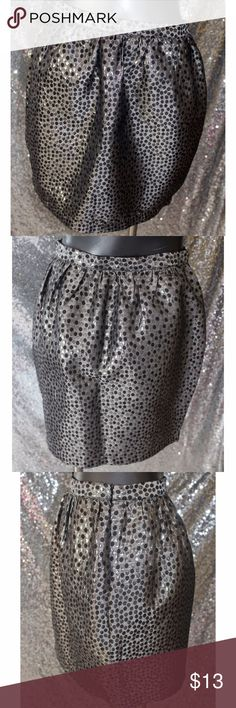 "Forever 21 Metallic tulip skirt Gray Polka dot print Measurements 15"" Length Materials 59% Polyester, 33% Rayon, 8% Metallic Forever 21 Skirts"