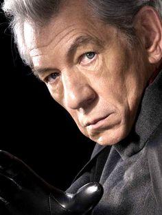 Ian McKellen as Eric Lensherr/Magneto in X-Men: The Last Stand X Men, Man Movies, Comic Movies, Marvel Movies, Comic Books, Cinema Film, Film Movie, Doctor Who, Sir Ian Mckellen