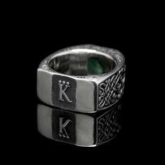 "Signet ""The Duke"". Silver, emerald"