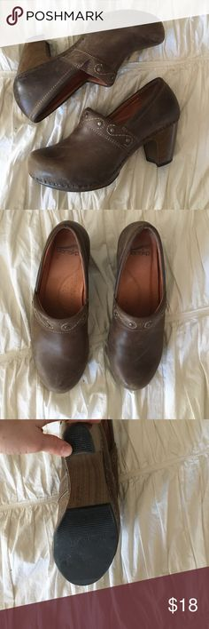 """Dansko high heel clogs Used in great condition. Dansko clogs with higher heel:2.5-3"""".  Comfy and stylish.  Signs of wear on soles(normal), scuffs on leather around toes, and scuffs around wood heel Dansko Shoes Mules & Clogs"""