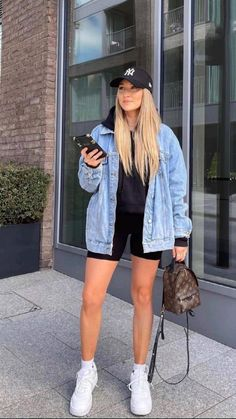 Winter Fashion Outfits, Look Fashion, Fall Outfits, Summer Outfits, Sporty Fashion, Sporty Outfits, Mode Outfits, Cute Casual Outfits, Cute Jean Jacket Outfits