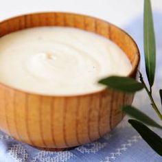 Bechamel white sauce @ http://allrecipes.co.uk