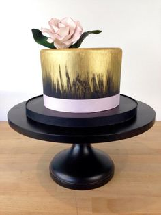 Gold - Cake by Jacqueline Ordonez