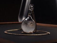 結晶ストームグラスのネックレス   ハンドメイドマーケット minne