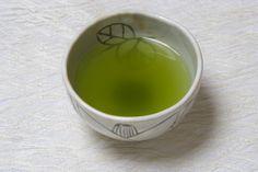 Ingredient Spotlight: The Health Benefits of Drinking Green Tea