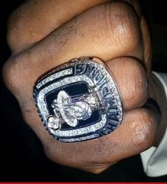 LeBron James  Knuckles Up with ...  CHAMPIONSHIP RING!