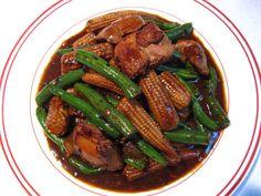Black Bean Garlic Sauce String Bean Chicken (蒜蓉豆豉青豆角雞, Syun3 Jung4 Dau6 Si6 Ceng1 Dau6 Gok3 Gai1)