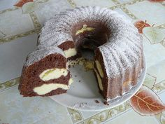 Healthy Deserts, Cream Cheese Frosting, Cinnamon Rolls, Truffle, Bagel, Doughnut, Cake Recipes, Food And Drink, Cooking Recipes