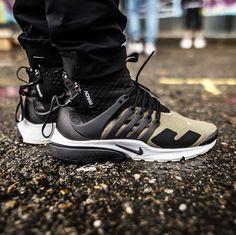 Acronym Presto (via nadoorio) Converse Black Sneakers, Casual Sneakers, Sneakers Fashion, Casual Shoes, Sneakers Nike, Sneakers Workout, Running Sneakers, White Sneakers, Vans Shoes