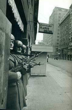 Regimen Militar, Cold War, Soldiers, Badass, Revolutions, The Sting, Politics, Pictures