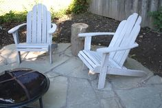 A finished DIY flagstone patio.