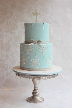 Poss Christmas christening cake for G? Gorgeous Cakes, Pretty Cakes, Amazing Cakes, Baby Cakes, Cupcake Cakes, First Communion Cakes, Première Communion, Confirmation Cakes, Baptism Cakes
