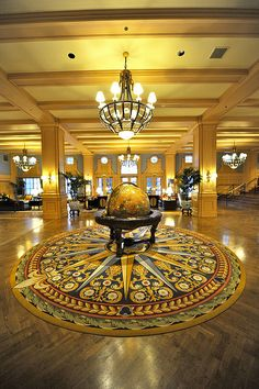 WDW Disney's Yacht Club Resort-lobby