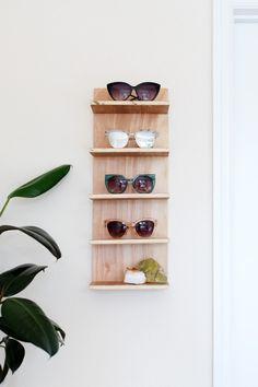 Diy sunglasses stand | Pinterest: Natalia Escaño