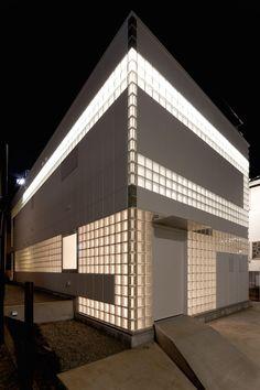 Glass Block: Crystal Brick II by Atelier Tekuto in Tokyo, Japan.