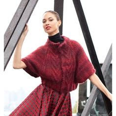 CABLED FRONT CAPELET, Vogue Knitting, bulky #6