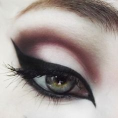 #makeup #emo makeup #halloween #white #brown #dark brown #light brown #eyeshadow #eyeliner