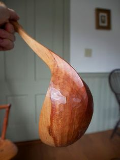 Chair Notes: Spoons for Hunger is Back! Wooden Ladle, Wood Spoon, Furniture Making, Windsor Chairs, Carving, Woodworking, Spoons, Bowls, Cups