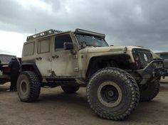 Save by Hermie Jeep Mods, Jeep Suv, Jeep Truck, Wrangler Rubicon, Car Goals, Jeep Life, Lifted Trucks, Dream Cars, Monster Trucks