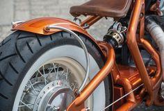 Simpel sollte der Aufbau werden, Weißwandreifen waren Pflicht. Trotzdem kaum zu glauben, dass hauptsächlich Hondaparts am Bike zu finden sind – modifiziert natürlich
