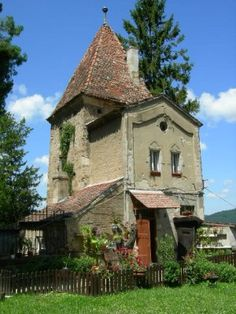 Romanian Cottage. Reminds me of the movie the holiday