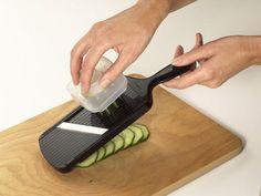 Adjustable Veggie Slicer.