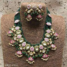 Clothes Women, Fashion Clothes, Saree Border, Pure Silk Sarees, Bridal Jewellery, Body Jewelry, Indian Jewelry, Antique Jewelry, Jewelery