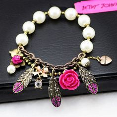 Crystal Feather Flower Pendant White Beads Stretch Bracelet girl love best