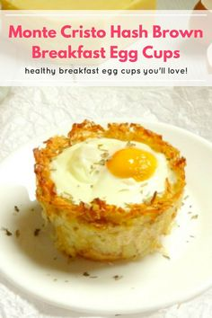 These monte cristo hash brown breakfast egg cups are going to become your new favourite weekend breakfast recipe! They taste so amazing that you'd never guess they're actually healthy breakfast egg cups! Dessert Recipes For Kids, Easter Dinner Recipes, Brunch Recipes, Snack Recipes, Healthy Recipes, Family Recipes, Yummy Recipes, Free Recipes, Healthy Snacks