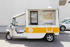 MMVV TUK TUK Food Vans, Food Trucks, Recreational Vehicles, Kitchen, Porto, Projects, Baking Center, Cooking, Camper Van