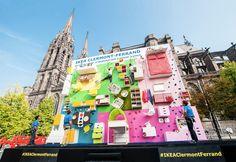 IKEA instala un apartamento vertical en el centro de la ciudad Clermont-Ferrand para inaugurar su nueva tienda.