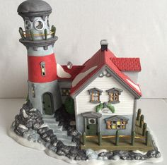 Dept. 56 Pigeonhead Lighthouse - New England Village - Item# 56537 Department 56