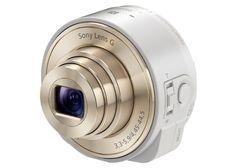 Si vous êtes trop à l'étroit avec l'appareil photo iSight votre iPhone du fait de son absence de zoom, alors peut-être que le module WiFi Sony QX10 à zoom optique 10x est fait pour vous. Il est proposé aux lecteurs d'iPhonologie.fr avec une remise de 45% sur le prix tarif de 199 euros, soit 109,90 euros.