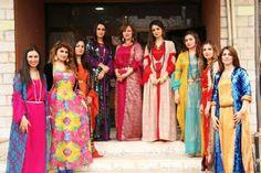 Kurdish Girls in beautiful traditional Dresses. Folk Costume, Costumes, Jli Kurdi, Arab Women, Stylish Girl Images, Beautiful Hijab, Girls Image, Traditional Dresses, Saree