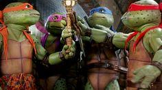 Teenage Mutant Ninja Turtles III: Turtles in Time Jim Henson, Comic Book Characters, Comic Books Art, Michelangelo, Mestre Splinter, Ninja Turtle Drawing, Tmnt Games, Mini Turtles, Fox Kids