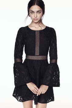 ZAC Zac Posen Spring 2017 little black tease ** Ready-to-Wear collection.**