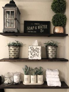 ✔ 65 rustic bathroom home decor ideas on a budget that you'll fall in love with it 3 : solnet-sy. Rustic Bathroom Decor, Farmhouse Decor, Bathroom Ideas, Bathroom Shelf Decor, Small Bathroom, Country Farmhouse, Bathroom Decor Ideas On A Budget, Decorating Bathroom Shelves, Master Bathroom