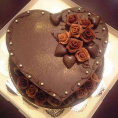 Japan - Valentine's Day cake