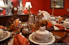 Thanksgiving-Tablescape-with-Rustic-Turkey-Centerpiece-and-Turkey-Tureens-101010pg.jpg (650×425)