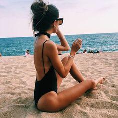 → ← ∞ վօմ ɑɾҽ ɾɑժ ∞ инстаграм fotos playa, foto pose и fotos de pl Photo Summer, Summer Photos, Summer Beach, Summer Vibes, Summer Fun, Beach Foto, Beach Babe, Bikini Inspiration, Creative Inspiration