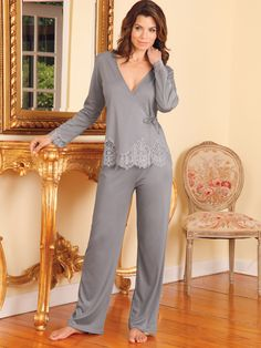 Call them pajamas or PJs, at Schweitzer Linen you will call them spectacular. This eye-opening collection is an astonishing array of fashion looks. Sleepwear & Loungewear, Lingerie Sleepwear, Lingerie Set, Pijama Satin, Ropa Interior Babydoll, Mode Ulzzang, Luxury Nightwear, Pajama Outfits, Moda Casual