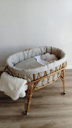 Fantastic baby nursery tips are available on our web pages. Check it out and you. - Fantastic baby nursery tips are available on our web pages. Check it out and you wont be sorry you - Baby Bedroom, Baby Room Decor, Nursery Room, Nursery Decor, Nursery Ideas, Minimalist Nursery, Baby Zimmer, Baby Room Design, Baby Bassinet