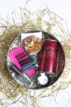girly gift box idea- can of pink champagne...a polish, a shadow... would do diy emijay hair band/ head band instead and straw for champagne... maybe a traveler.