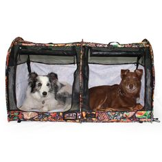 These portable pop-up shelters are full of features recommended by pet professionals! No assembly is required. Simply remove from the case and give it a shake and it pops open!