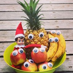 Our Elf 'Rain' did a little #eyebombing last night in our fruit bowl! Funny little Elf!