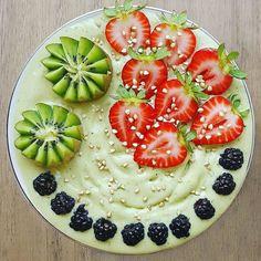 Inspiración healthy de sábado @rawveglif - es simplemente perfecto  (ñami ñami!) #desayuno #saludable